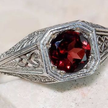Victorian Garnet Sterling Silver Ring size 6
