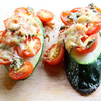 5-Minute Meals: Zucchini Pizza - Free People Blog