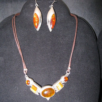 Vintage 925 Silver Amber Glass Earrings & Necklace / Instant Collection / Vintage Jewelry