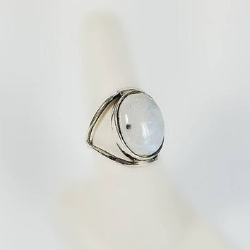 Milk Quartz Ring - Vintage Sterling Ring Size 7.50 - White Stone Ring - Open Silver Ring - Iridescent Stone Ring