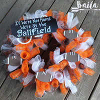 football wreath, fall wreath, custom football wreath, football mesh wreath, football decor, university wreath, sports wreath, football mom