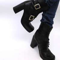 Vtg leather Booties Black  Buckle Boots Platform Goth boots 90s Fashion ankle booties Cyber Grunge Rave Vintage leather shoes