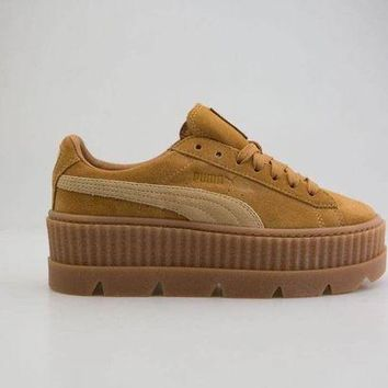 DCK7YE puma x fenty by rihanna women cleated creeper suede brown 366268-02