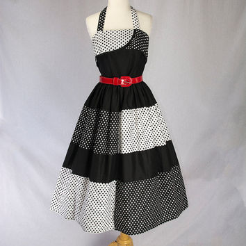 Vintage Polka-dot Sun Dress Black and White Halter Rockabilly Pin-up