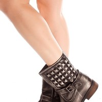 BLACK SQUARE ACCENTS SIDE ZIPPER BUCKLE LOOK BOOTS