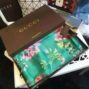 GUCCI Trending Women Flower Print Easy To Match Smooth Silk Scarf