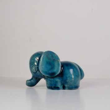 From The Island of Misfit Toys Chippy the Elephant Lichten Ware Art Pottery Paperweight Signed