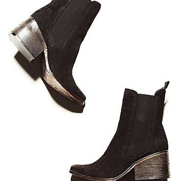 FP Collection Womens Benson Chelsea Boot