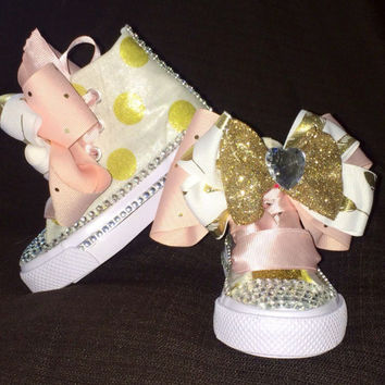 Pink and gold birthday shoe (CONVERSE)