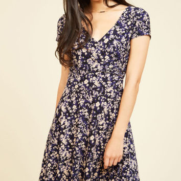 Traveling Treat Floral Dress | Mod Retro Vintage Dresses | ModCloth.com