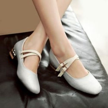 Fashion Sequined Cloth and Square Toe Design Flat Shoes For Women