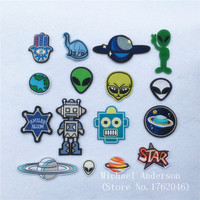 1Pc Alien Universe Robot Patch for Clothing Iron on Embroidered Applique Cute Patch Fabric Badge Garment DIY Apparel Accessories
