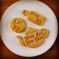 Alice in the Wonderland eat me inspired cookies cutters | Through the Looking Glass we are all mad here biscuits cutter | one of a kind ooak