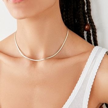 Cara Heavy Curb Chain Necklace | Urban Outfitters