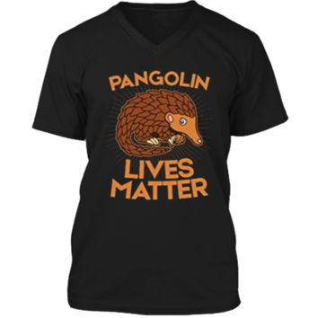 Pangolin T-Shirt: Pangolins Lives Matter Save The Pangolins Mens Printed V-Neck T