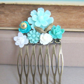Turquoise Hair Comb Aqua Wedding Blue Teal Flower Comb Hair Pin Floral Head Piece Mint Bridal Hair Comb Pastel Bridesmaid Gift For Brides