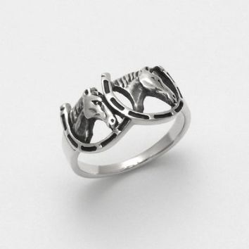 Horses in Horseshoes Ring