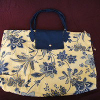 One of a Kind Carolina Stefano handmade foldable shopping bag - Paisley Blue.