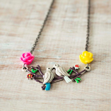 Love birds rose branches necklace