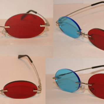 Standard Red and Blue 3D Oval glasses.