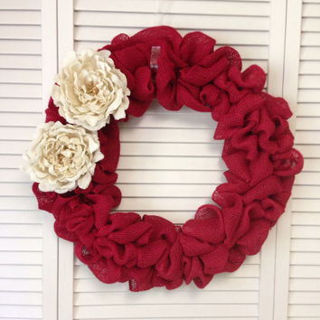 Christmas Wreath, Red Burlap Wreath with Cream Burlap Flowers, Large Burlap Wreath, Wreath for All Year, Cream Burlap Peony, Burlap Decor
