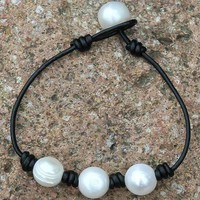 Knots And Pearls Bracelet