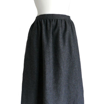 Vintage Gray Skirt Jantzen Wool in Charcoal Color - Deadstock - Size 14