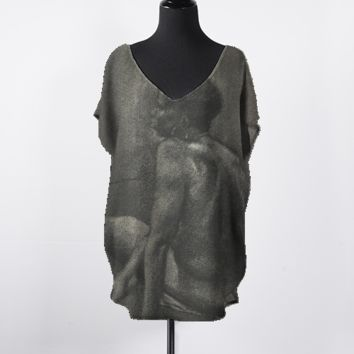 Charcoal Drawing Top