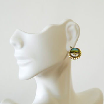 Vintage 50s Niagara Falls Screw on Studs Gold Earrings Souvenir Small Round Domes Hand painted from the back