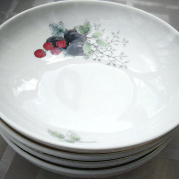 Syracuse China Carefree Wayside Gravy Bowl - Vintage soup bowl -  Syracuse China Wayside Berries Cereal  Bowl