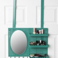 Over the Door Hanging Vanity l UO
