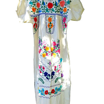 Vintage mexican embroidered dress, White mexican dress, Vintage mexican wedding dress, Mexican dresses embroidered, Boho chic wedding dress