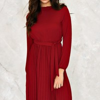 Abbie Pleated Dress | Shop Clothes at Nasty Gal!