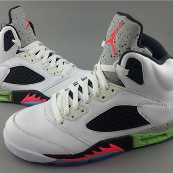 [ FREE SHIPPING ] AIR JORDAN V (SPACE JAM) BASKETBALL SNEAKER