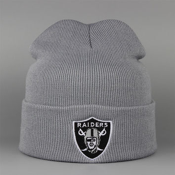OAKLAND RAIDERS Beanie Fashion Winter Warm Mens & Womens Gray Cuffed Skully Hat