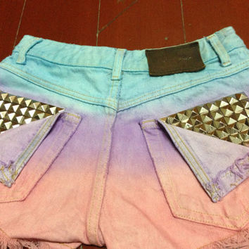 Dip Tie Dyed Ombre Light Blue Purple Pink Bleach Woman Dye Denim Studded High Waist Studded Levi Shorts