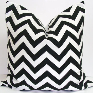BLACK PILLOW SALE.20x20 inch Decorator Pillow Cover..Printed Fabric Front and Back.Chevron.ZigZag..Cushion.51 Cm