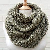 Chunky Moss Stitch Scarf in Natural Tweedy Clover Green - OOAK