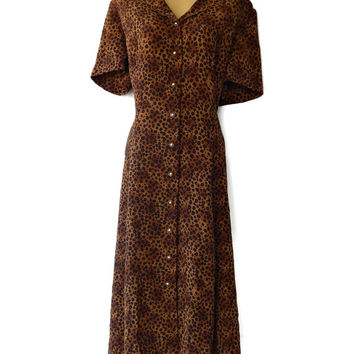 Cheetah Print Dress Scalloped Collar Gold and Lucite Buttons 16P