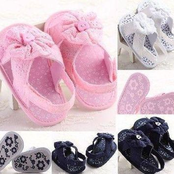 DCK7YE Baby Girl cloth Flower Shoes Crib First Walkers