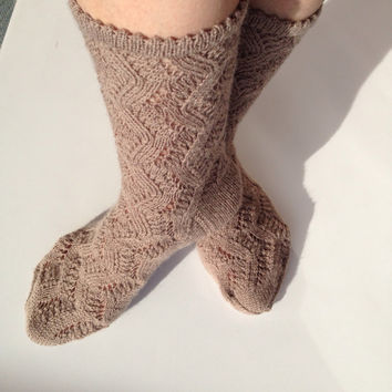 Socks, hand knit,  winter accessories, winter fashion, winter trends,Beige color, super wash socks wool Socks for women, men, girl.