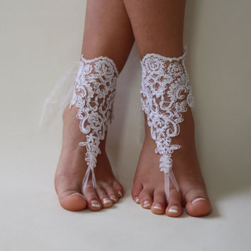 5 pairs bridesmaid gift  white lace wedding barefoot sandals french lace sandals, wedding anklet, Beach wedding barefoot sandals,