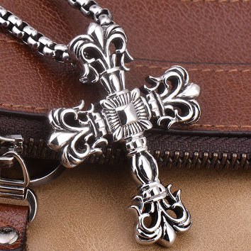 Wang Dadong titanium Cross Necklace Pendant Necklace Goth retro personality Korean men and women sweater chain