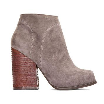 ONETOW Jeffrey Campbell Hanger-Smokey Grey Ankle Boot