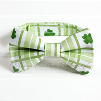 Boy's, Girl's Bow Tie, Newborn, Baby, Child- Shamrocks, Green, Toma's Tutus and Things