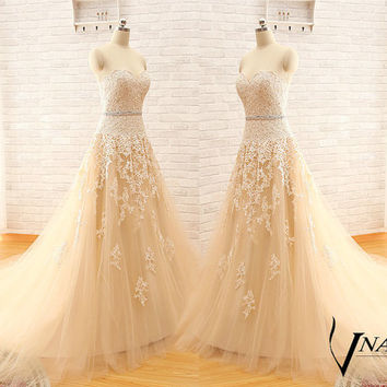 New Arrival A Line Custom Made Sweetheart Strapless Elegant Tulle Lace Light Champagne Wedding Dress 2015 Wedding Gown Bridal Dress