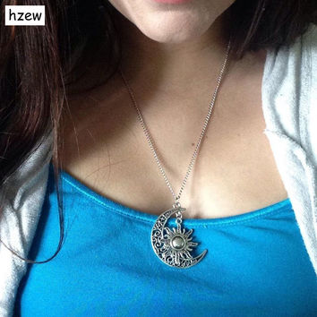 hzew 50cm Sun and crescent moon charm necklace Boho Hippie  necklace Ice and fire song my life moon, sun and stars necklace