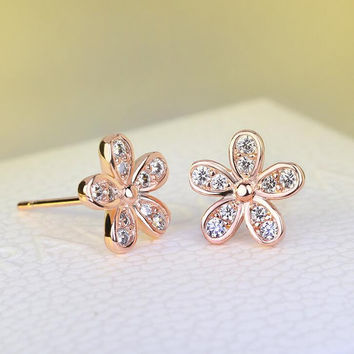 Cute Flower Shape Women Stud Earrings AAA Marquise Cut Cubic Zircon Romantic Lady Earrings Jewelry +Gift Box