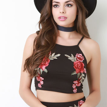 Sleeveless Rose Patch Crop Top