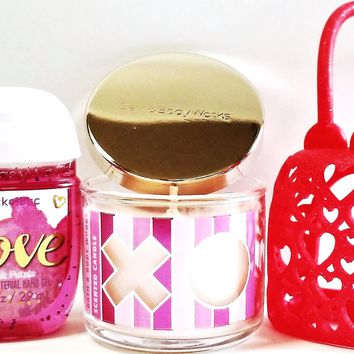 Bath and Body Works Mini Candle XOXO, Love PocketBac & Red Hearts Holder